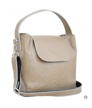 Стильная кожаная сумка в стиле casual